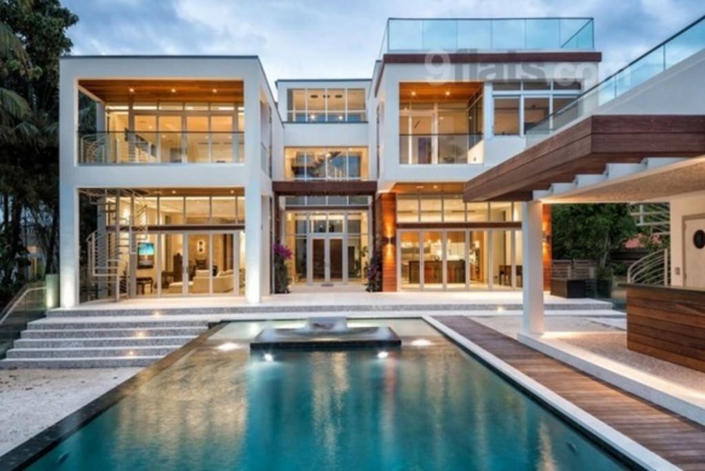 A Modern Villa
